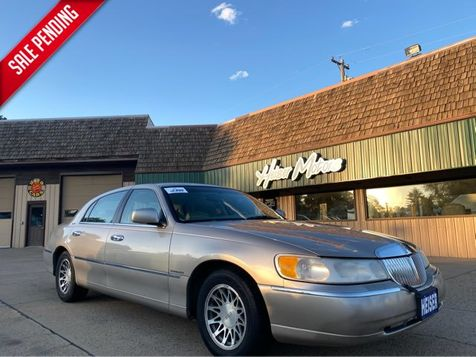 2000 Lincoln Town Car Signature in Dickinson, ND
