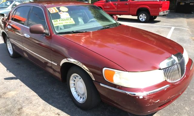 2000 Lincoln Town Car Executive Knoxville, Tennessee 2