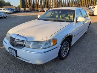 2000 Lincoln Town Car Signature in Orland, CA 95963