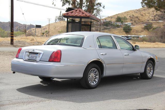 2000 Lincoln Town Car Cartier Santa Clarita, CA 6