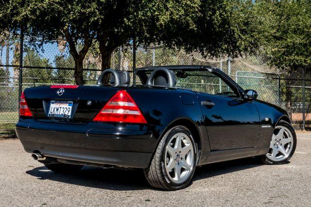 2000 Mercedes-Benz SLK230 Kompressor Reseda, CA 20