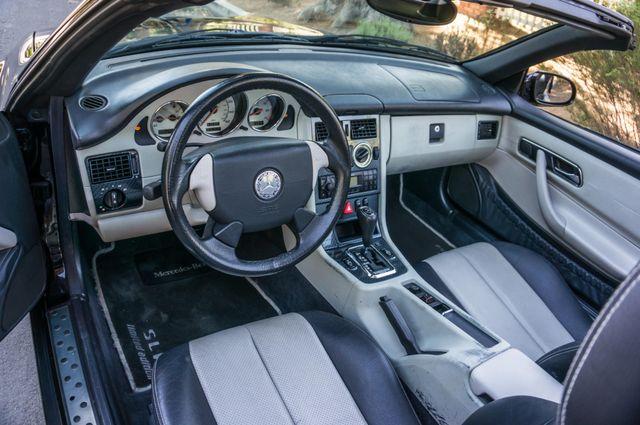 2000 Mercedes-Benz SLK230 Kompressor Reseda, CA 28