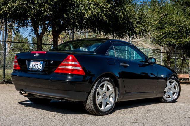 2000 Mercedes-Benz SLK230 Kompressor Reseda, CA 19