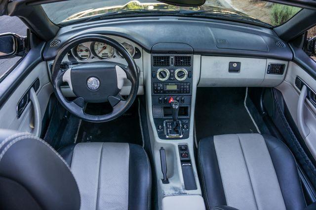 2000 Mercedes-Benz SLK230 Kompressor Reseda, CA 31