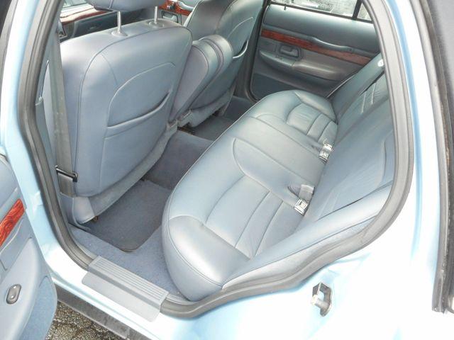 2000 Mercury Grand Marquis LS New Windsor, New York 18