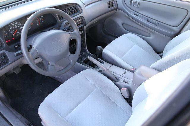 2000 Nissan Altima XE Santa Clarita, CA 8