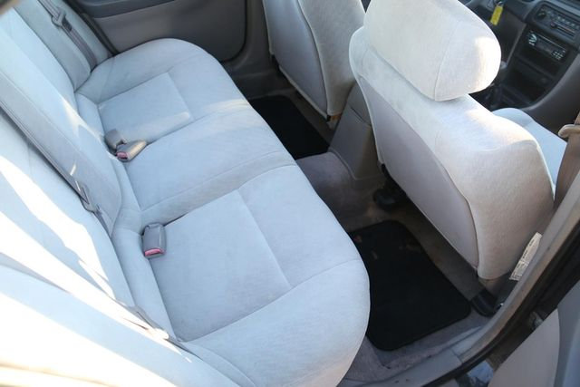 2000 Nissan Altima XE Santa Clarita, CA 16