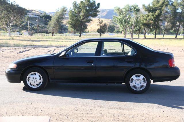 2000 Nissan Altima XE Santa Clarita, CA 11