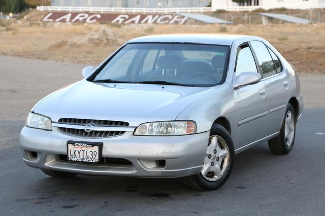 2000 Nissan Altima GXE Santa Clarita, CA 4