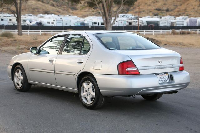 2000 Nissan Altima GXE Santa Clarita, CA 5