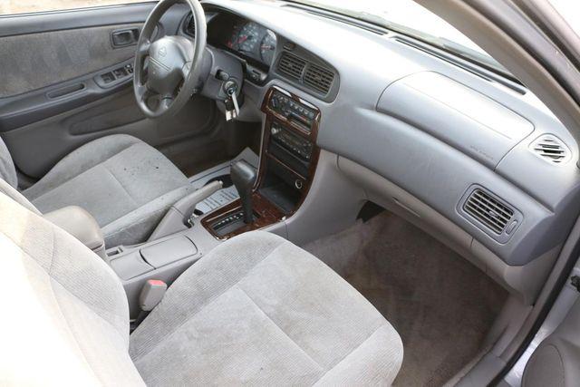 2000 Nissan Altima XE Santa Clarita, CA 9