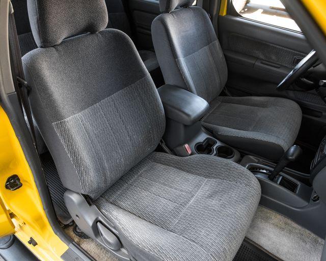 2000 Nissan Frontier SE Burbank, CA 11