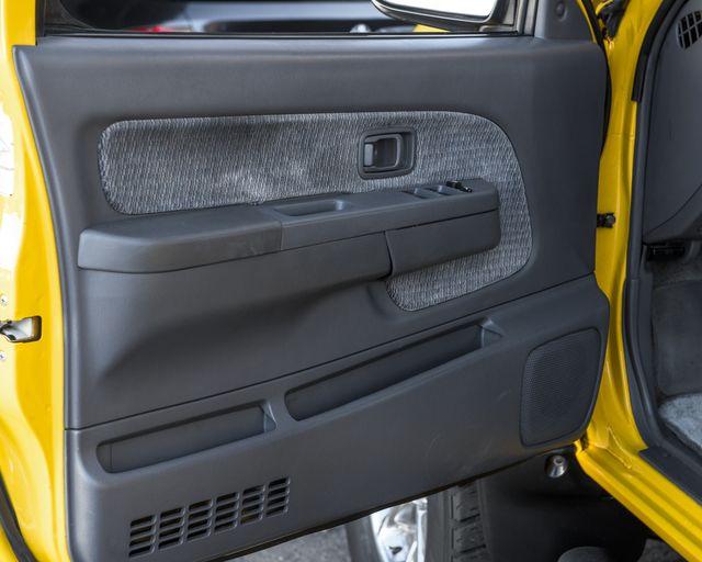 2000 Nissan Frontier SE Burbank, CA 17