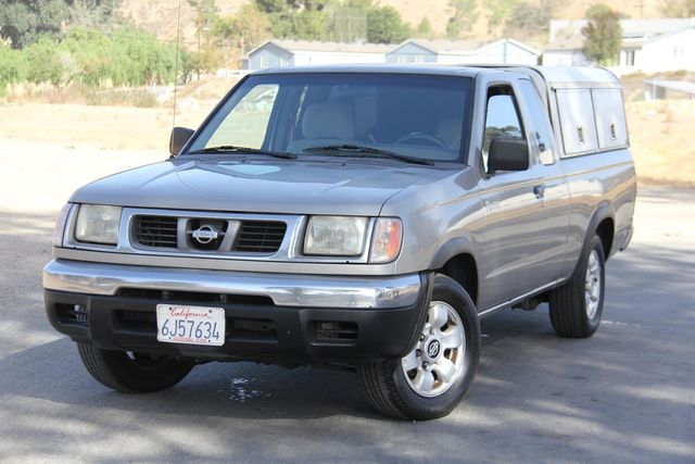 2000 Nissan Frontier XE Santa Clarita, CA 4