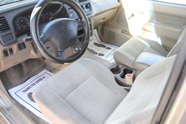 2000 Nissan Frontier XE Santa Clarita, CA 7