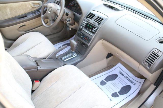 2000 Nissan Maxima GXE Santa Clarita, CA 9