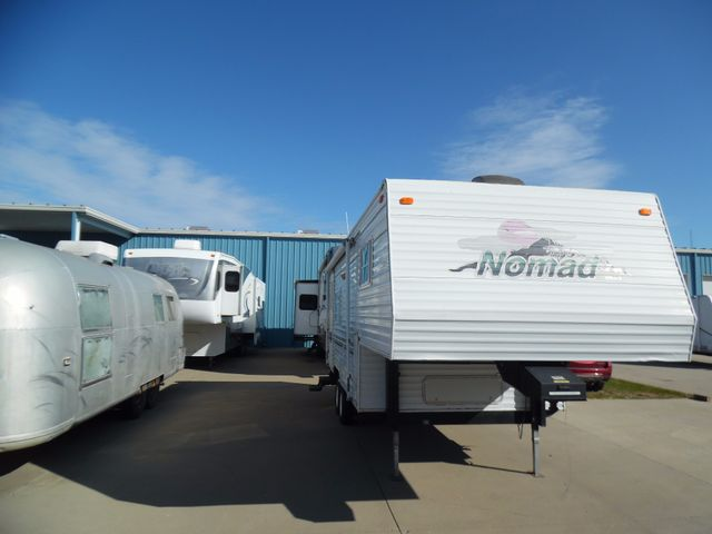 2000 Nomad 245-LF Mandan, North Dakota 1