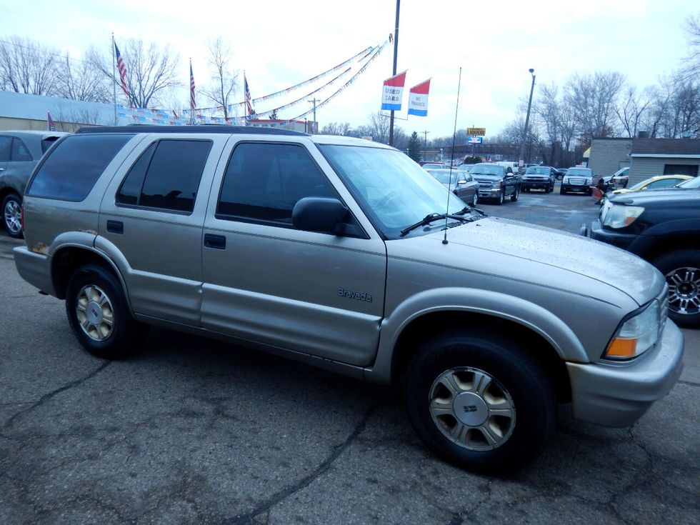 2000 oldsmobile bravada 4dr awd oakdale minnesota reflection auto sales reflection auto sales