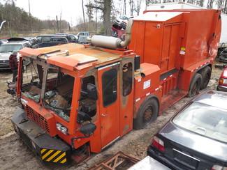2000 Other Garbage Truck Side Fill Ravenna, MI 1