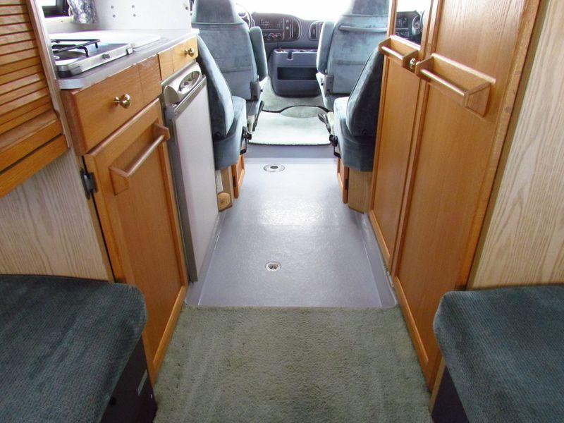 2000 Roadtrek 190 Versatile  in Sherwood, Ohio