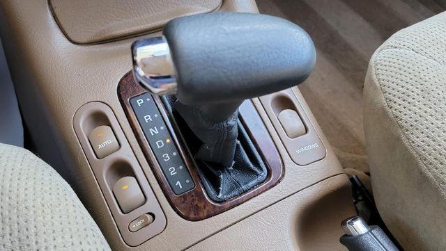 2000 Saturn LW RV TOAD DINGY Santa Clarita, CA 21