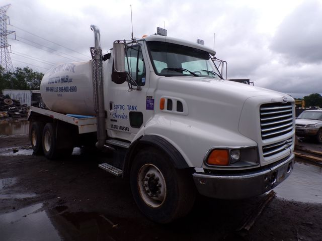2000 Sterling LB513 Septic Pumper Waste Hauler Tanker Truck Low Miles