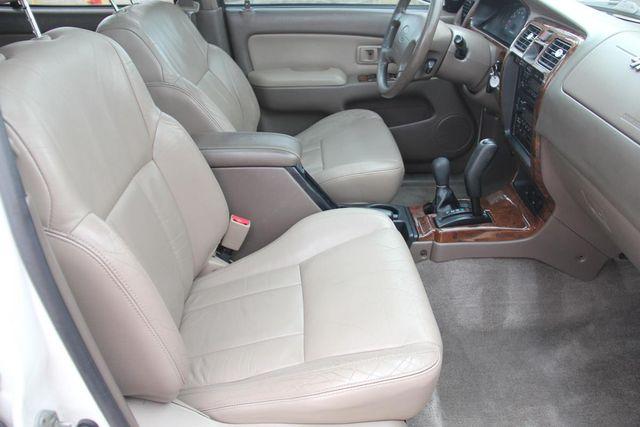2000 Toyota 4Runner Limited Santa Clarita, CA 14