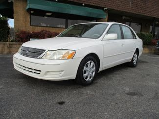 2000 Toyota Avalon XL in Memphis, TN 38115