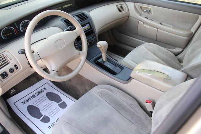 2000 Toyota Avalon XL Santa Clarita, CA 7