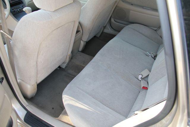 2000 Toyota Avalon XL Santa Clarita, CA 15