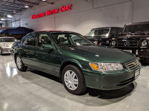 2000 Toyota Camry CE in Lake Forest, IL