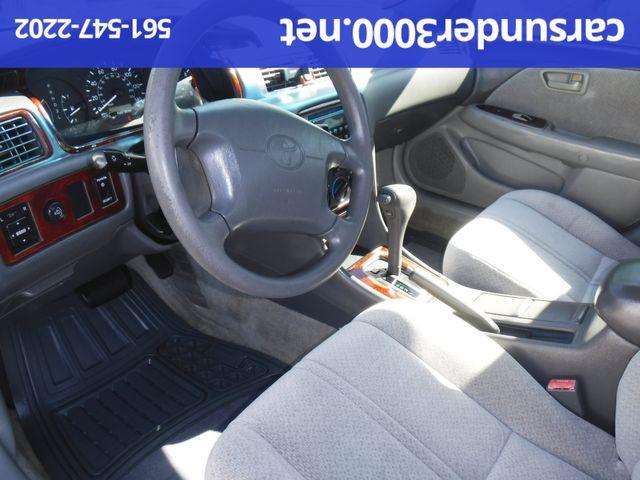 2000 Toyota Camry LE Lake Worth , Florida 4