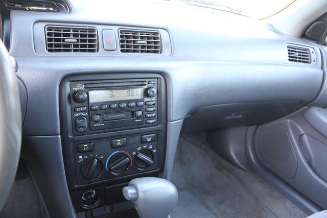 2000 Toyota Camry LE Santa Clarita, CA 18