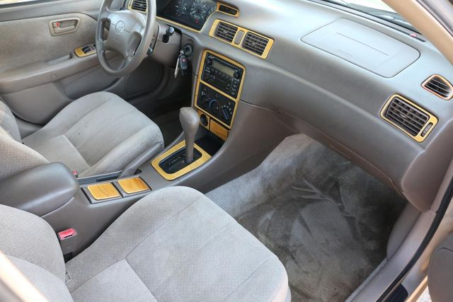 2000 Toyota Camry CE Santa Clarita, CA 9