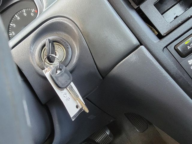 2000 Toyota Camry CE Santa Clarita, CA 23