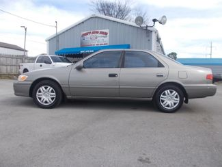 2000 Toyota Camry LE Shelbyville, TN 1