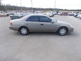 2000 Toyota Camry LE Shelbyville, TN 10