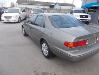 2000 Toyota Camry LE Shelbyville, TN 4
