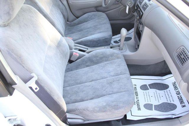 2000 Toyota Corolla LE Santa Clarita, CA 14