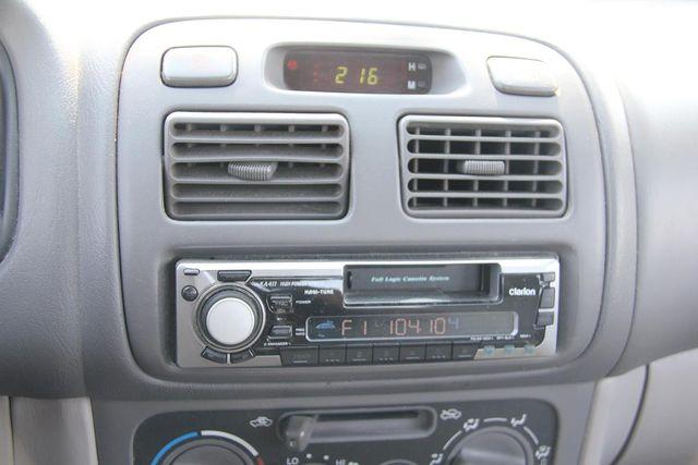 2000 Toyota Corolla CE Santa Clarita, CA 19