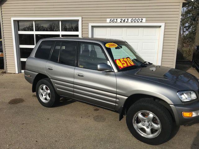 2000 Toyota RAV4 in Clinton IA, 52732