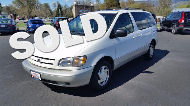 2000 Toyota Sienna XLE | Ashland, OR | Ashland Motor Company in Ashland OR