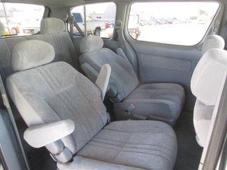 2000 Toyota Sienna LE Gardena, California 11