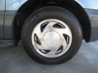 2000 Toyota Sienna LE Gardena, California 13