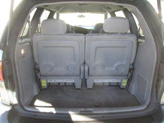 2000 Toyota Sienna LE Gardena, California 10