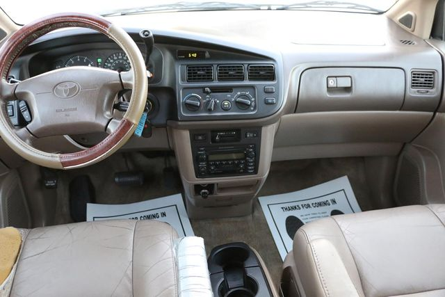 2000 Toyota Sienna XLE Santa Clarita, CA 7