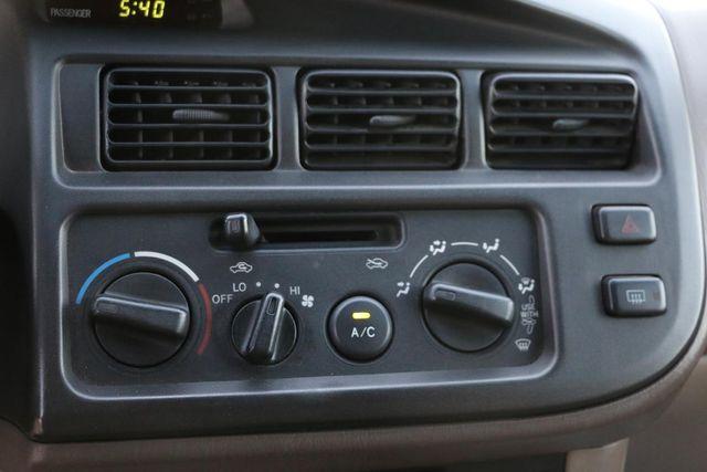2000 Toyota Sienna XLE Santa Clarita, CA 21