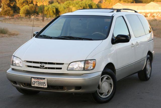 2000 Toyota Sienna XLE Santa Clarita, CA 4