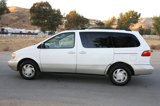 2000 Toyota Sienna XLE Santa Clarita, CA 11