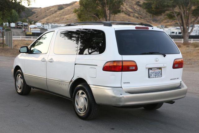 2000 Toyota Sienna XLE Santa Clarita, CA 5